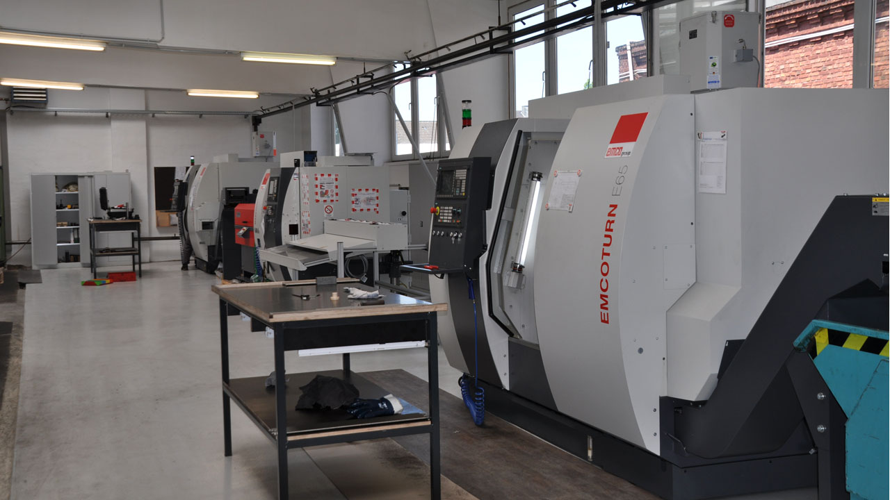 HENSEN GmbH – Bewegen und befestigen auf höchstem Niveau | Home 02